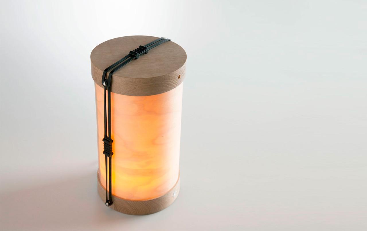 Nueva lámpara portátil Luciole de Plussmi